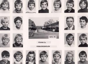 1975a