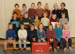 1983a